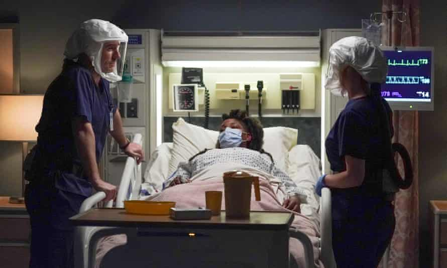 A scene from Grey's Anatomy series 17