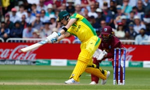 Steve Smith batting at the Cricket World Cup.