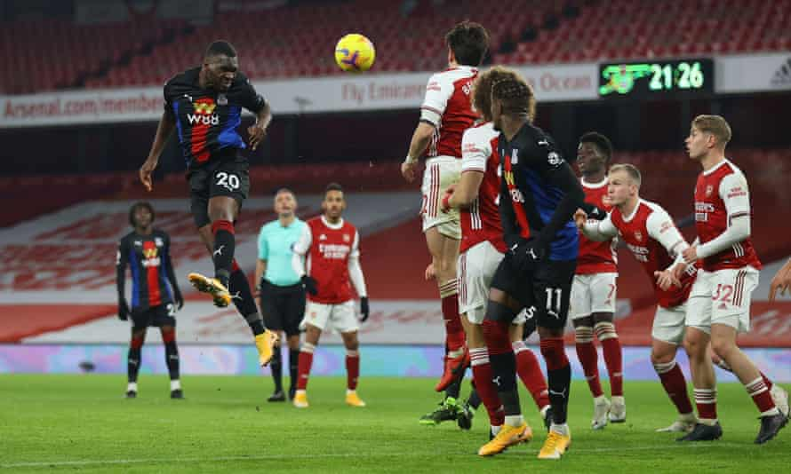 Crystal Palace's Christian Benteke watches his header towards the Arsenal goal