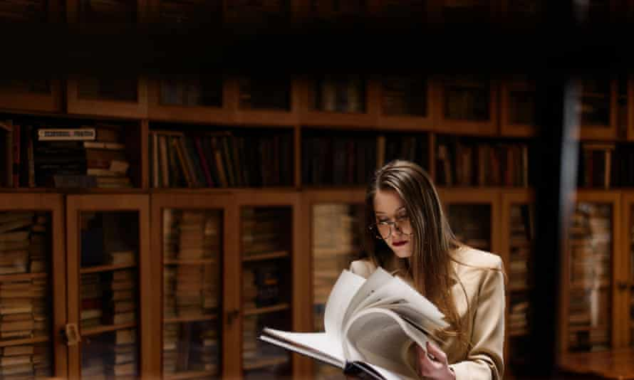 Many professionals working in research and student support, IT and libraries also do academic work.
