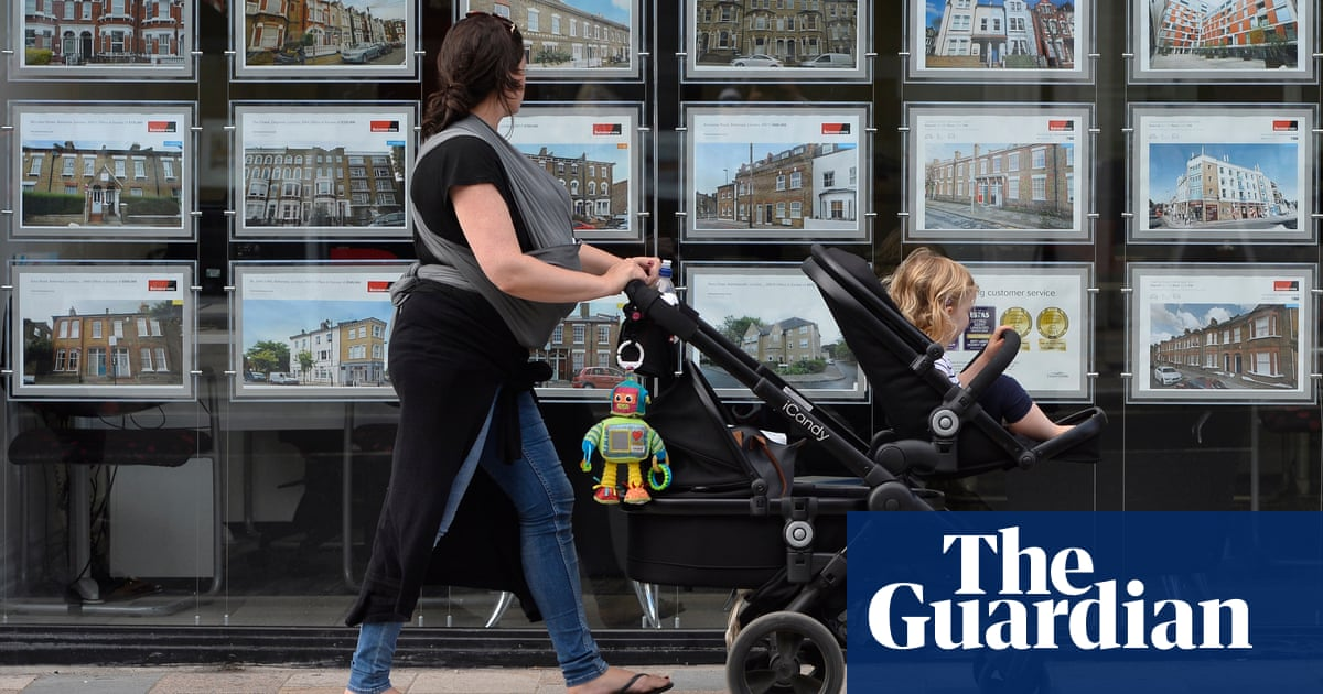 UK house prices fell for fourth month in a row, says Halifax