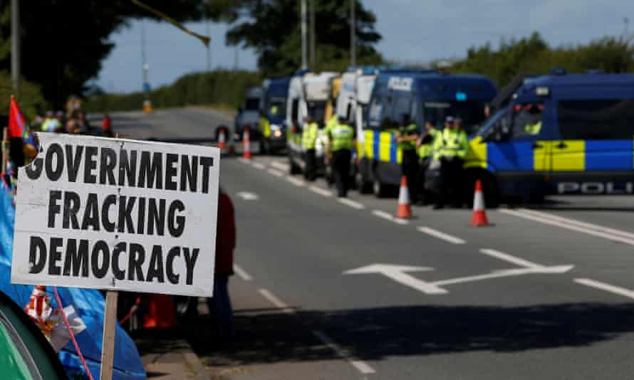 Protesters at the Preston New Road site