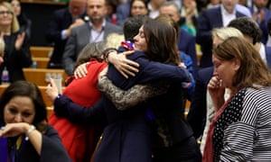 Emotional British MEPs embrace inside EU chambers