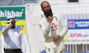 Moeen Ali celebrates the wicket of Kuldeep Yadav, one of his four victims in India's second innings in the second Test.