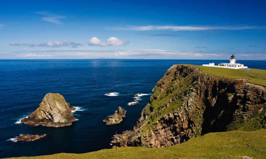 Lighthouse on Fair Isle's northern coast.