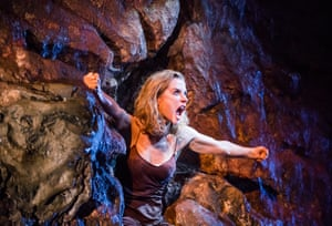 Lisa Dwan in No's Knife at the Old Vic