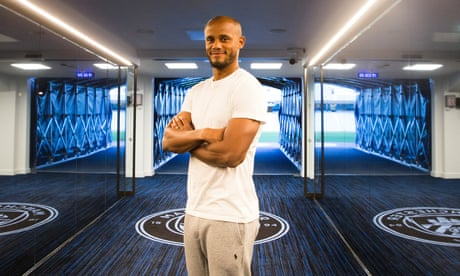 Vincent Kompany: 'When I came to Manchester City it was bouncing'