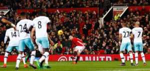 Rooney whips in the free kick.