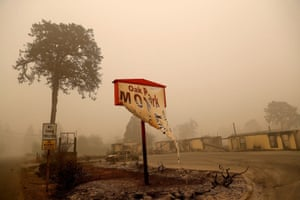 Gates, Oregon, USThe remains of a fire-damaged hotel in the aftermath of the Beachie Creek fire.