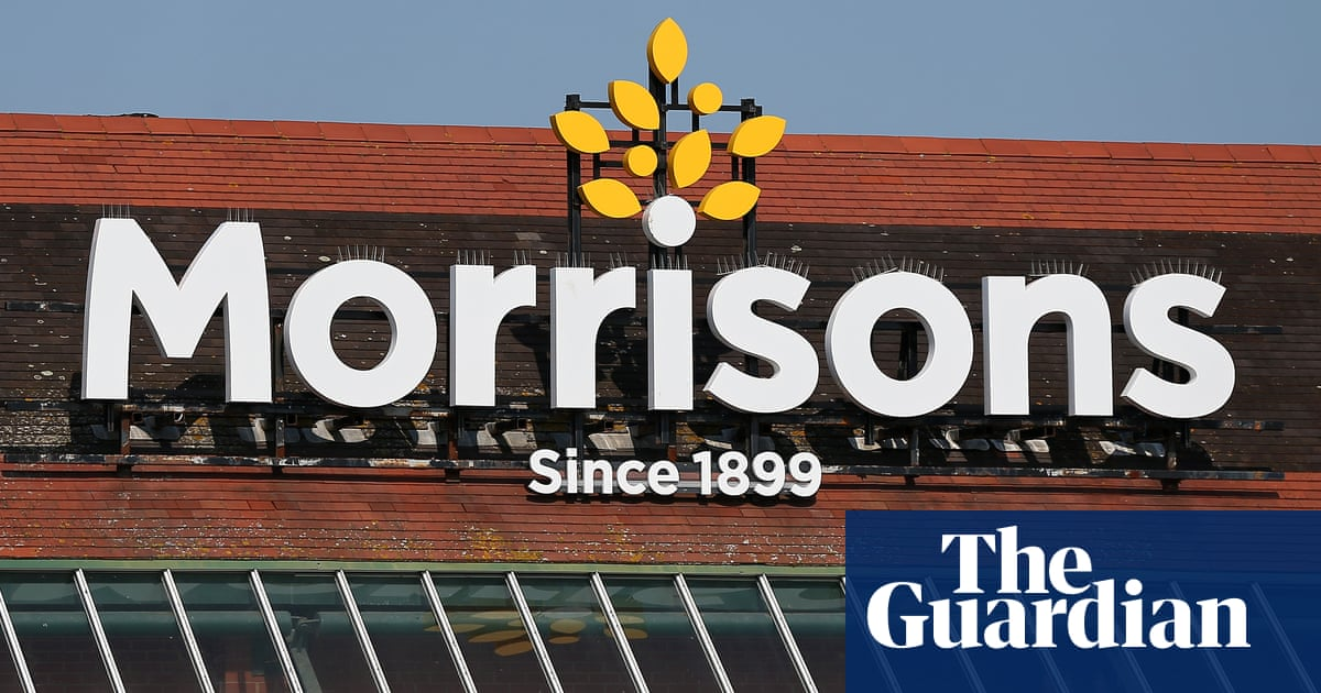 Morrisons becomes first large supermarket to reinstate Covid rationing - The Guardian