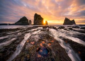 A sunrise seascape