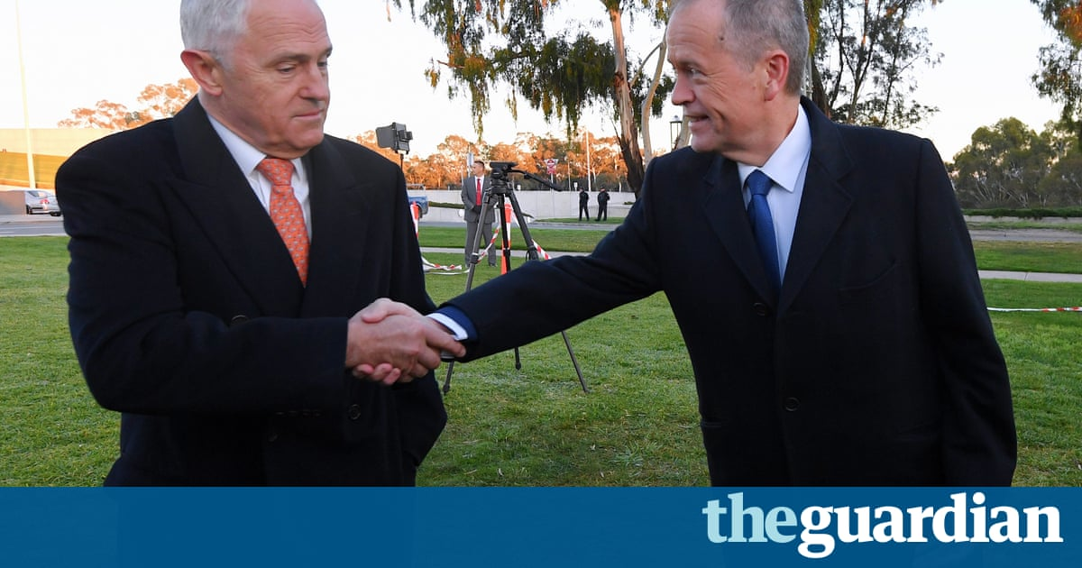 Coalition frantically selling the budget but voters are disengaged   Lenore Taylor