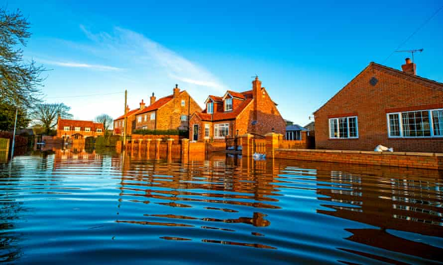 Floodwater in East Cowick, Yorkshire, 2 March