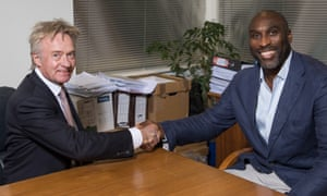 Southend Chairman Ron Martin welcomes Sol Campbell as the new manager.