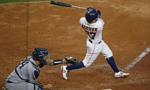 José Altuve hits the winning home run against the New York Yankees that took the Houston Astros to the World Series.