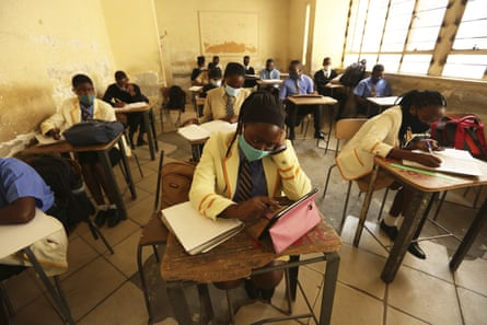 Pupils attend a class at a school in Harare, 28 September 2020