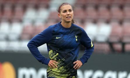 USA Women star Alex Morgan trains with Spurs.