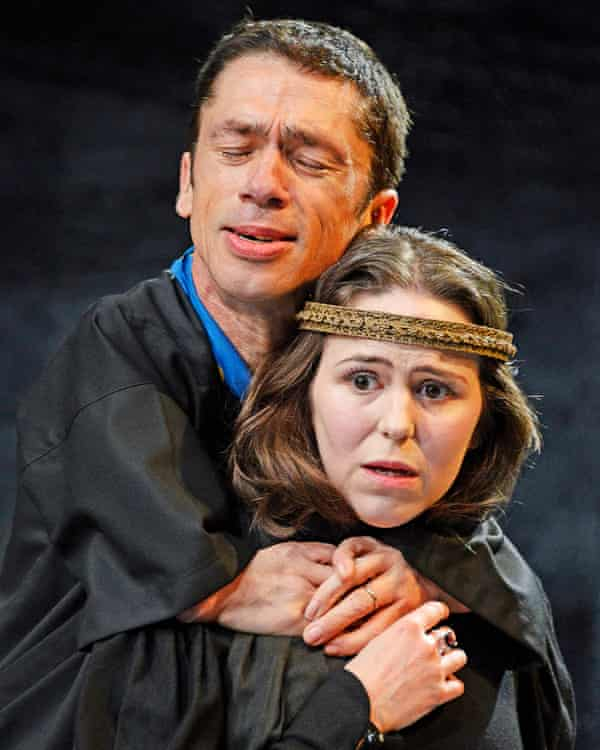 Conflicted … Catherine Kinsella as Lady Anne with Mat Fraser as the king.