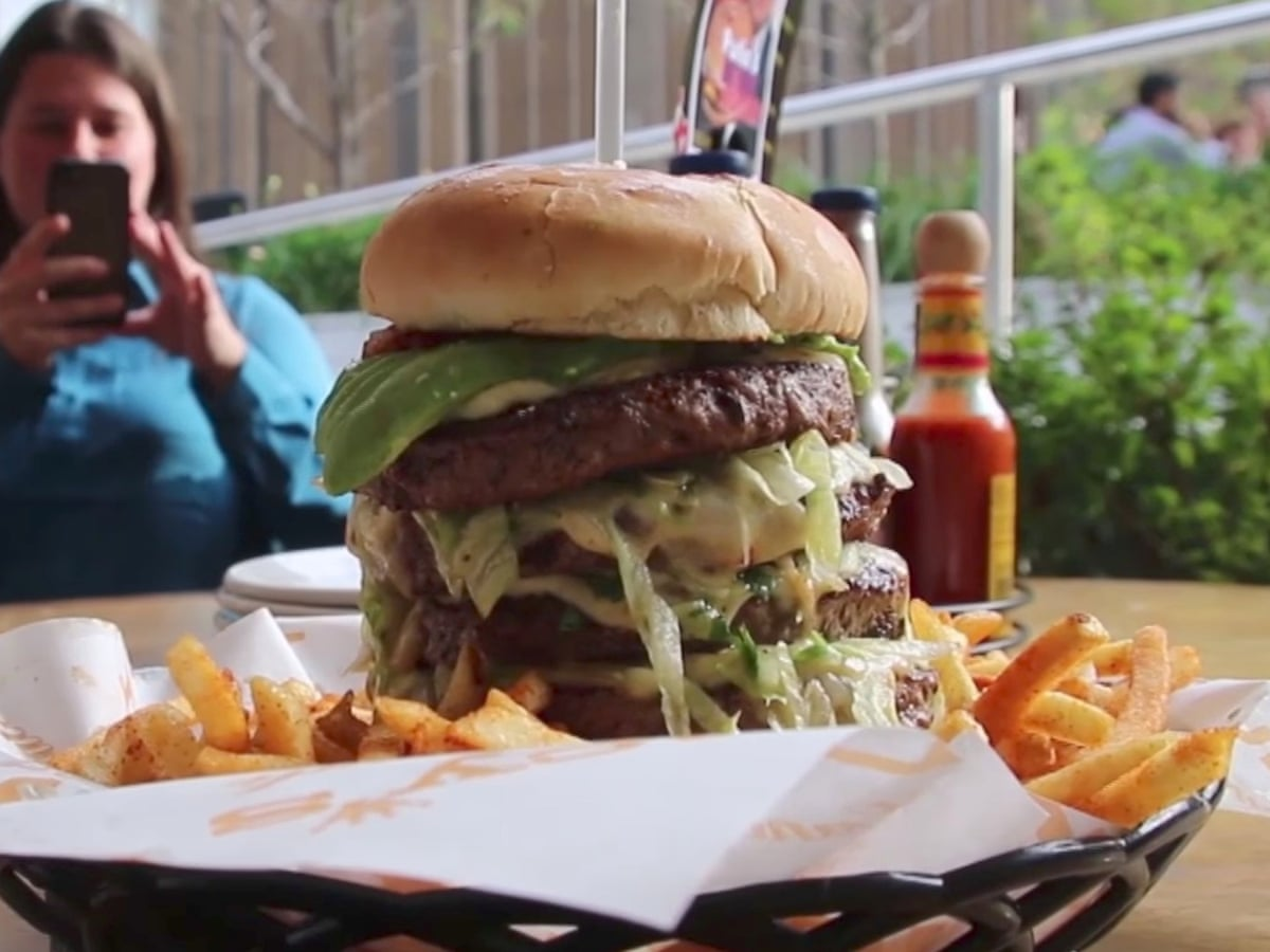 High Steaks The Vladimir Putin Birthday Burger That Never Existed Russia The Guardian