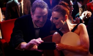 Bryan Cranston and Julianne Moore during the ceremony