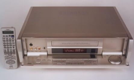 JVC VHS recorder