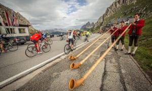Festival spirit: Alpen horn players on the Maratona dles Dolomites 2017.