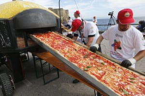 ...to allow the giant pie to be rolled through