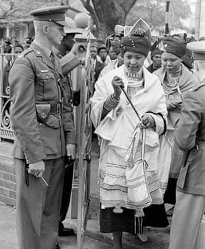 Winnie Mandela attends her husband's trial in 1962