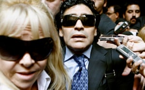 Maradona and his ex-wife Claudia Villafane leave a court building in Buenos Aires, Argentina, 23 April 2008, after a hearing against former manager Guillermo Coppola.
