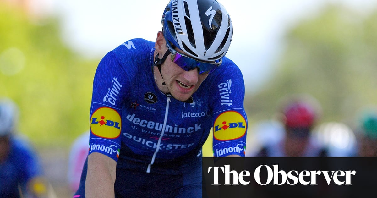 Deceuninck-Quick-Step manager makes light of domestic abuse in Bennett jibe