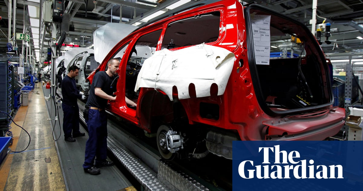 Volvo to build steel cars without fossil fuels by 2026