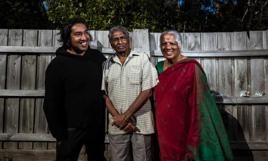 Amnesty International refugee campaigner Shankar Kasynathan (left) with parents Selliah Vellupilai and Nalini. He says the 'program could transform resettlement in Australia'.