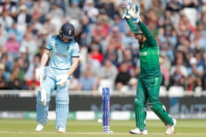 England captain Eoin Morgan is bowled by Pakistan's Mohammad Hafeez and wicketkeeper Safaraz Ahmed starts to celebrate.