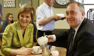 The leader of the Scottish National Party (SNP) Nicola Sturgeon and former leader and local candidate Alex Salmond stop for a cup of tea during campaigning in Inverurie, Aberdeenshire.