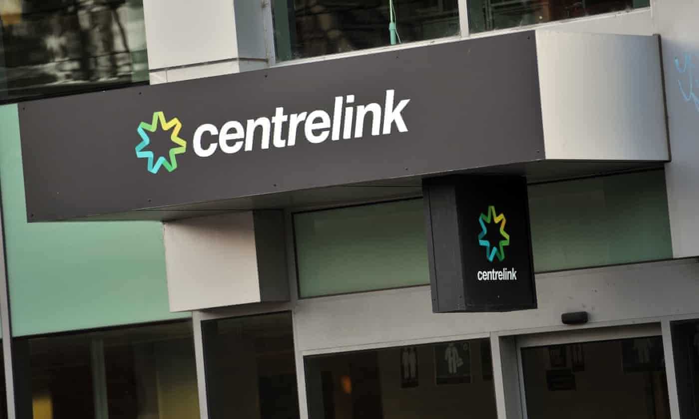 Centrelink drops woman's robodebt after she mounts court challenge