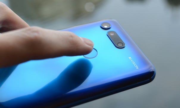 Honor View20 review: top phone at half the cost of an iPhone XS