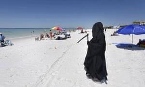 Florida Attorney Daniel Uhlfelder dressed as the Grim Reaper.