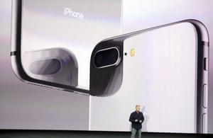 Phil Schiller iPhone 8.
