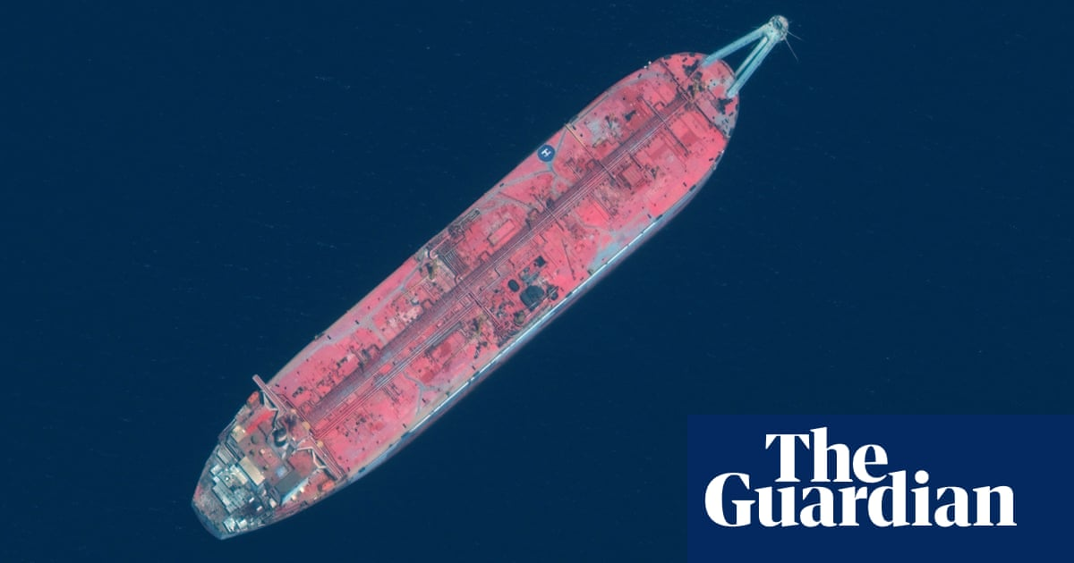 Rotting Red Sea oil tanker could leave 8m people without water