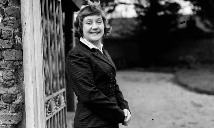 Shirley Williams (then Shirley Catlin) in 1954, the Labour candidate in the Harwich by-election.