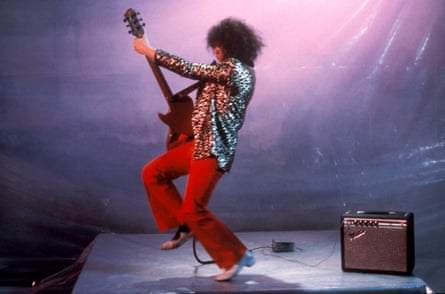Bolan filming Born to Boogie in 1973
