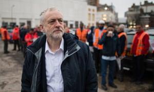 Jeremy Corbyn meets postal workers