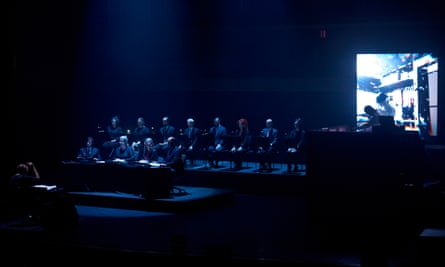 Actress and the Netherlands Chamber Choir, conducted by Robert Ames.