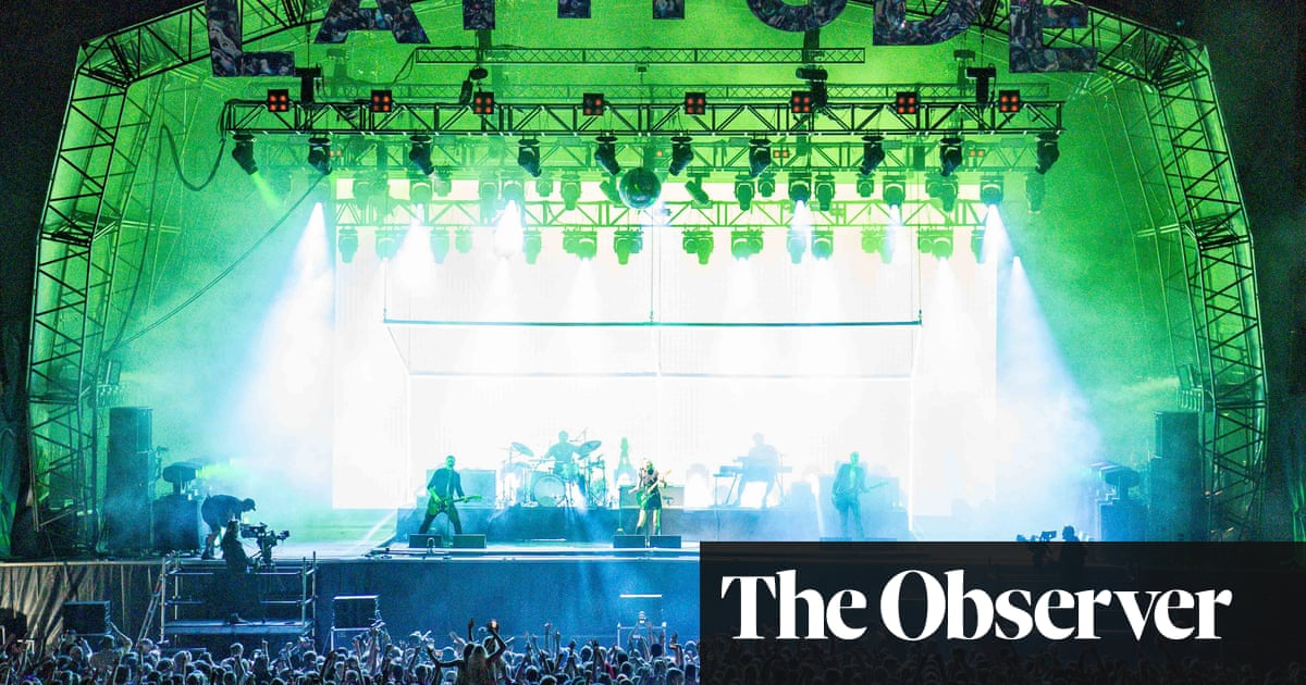 Latitude festival 2021: 40,000 party people, good vibes, and not a mask in sight