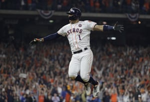 Carlos Correa celebrates his two-run home run during the seventh inning