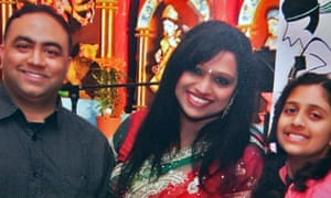Adelaide grandfather dies 'of shock' after Indian car crash kills