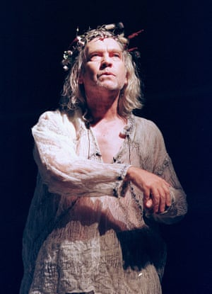 Tom Courtenay as King Lear, directed by Gregory Hersov in 1999.
