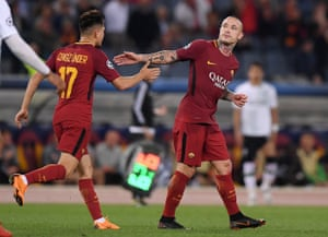 Roma's Radja Nainggolan celebrates scoring their third goal with Cengiz Under.