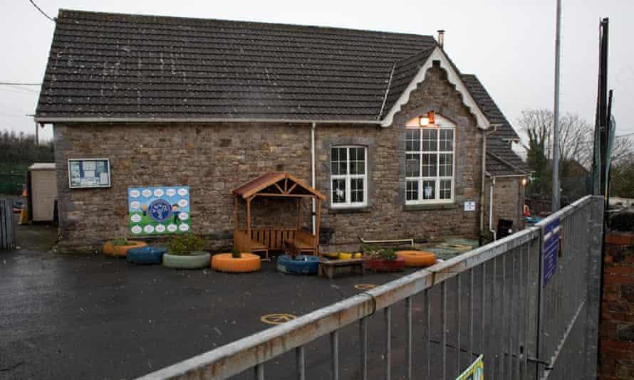 School Closure Mynydd-y-GarregSmall village schools in Wales are being threatened with closure. A school in Mynydd-y-Garreg Carmarthenshire is being threatened with closure. Here the Mynydd-y-Garreg school in Carmarthenshire, West Wales is observed.