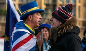 Anti-Brexit protester Steve Bray (L) and a pro-Brexit protester argue as they demonstrate outside the Houses of Parliament in Westminster on January 08, 2019